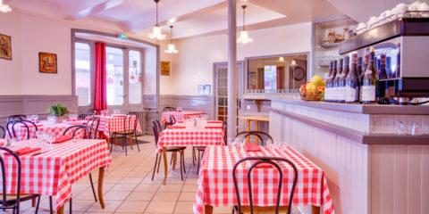 Bar hôtel restaurant sur Lalouvesc